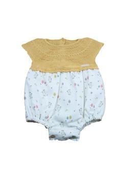 Pelele para bebé de Prim Baby combinado en punto y tela de dibujos.