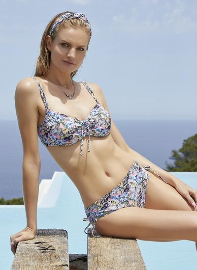 Ysabel Mora Bikini
